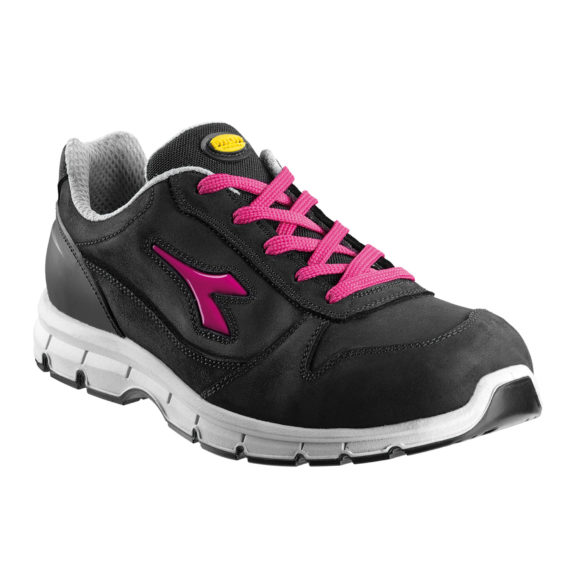 DIADORA RUN LOW S3 SRC COLOR NEGRO FUCSIA